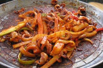 美食推荐:五花肉炒章鱼 创意韩国烧烤