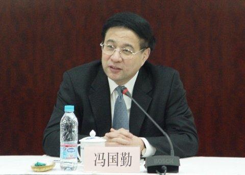 上海政协主席:为转方式 办世博凝心汇智