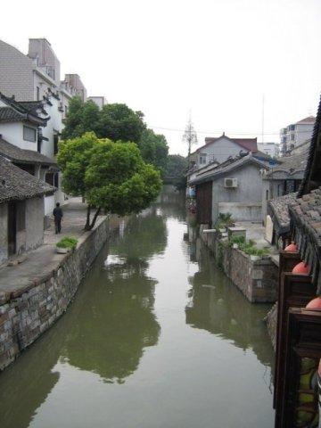 世博时游客可在上海新场古镇感受原住民文化