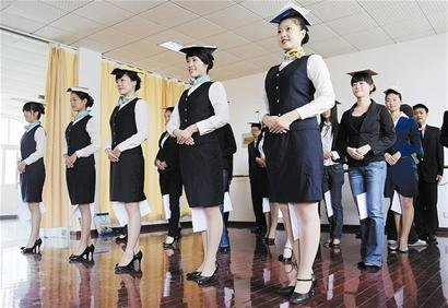 首批世博会日本产业馆大学生志愿者武汉选出
