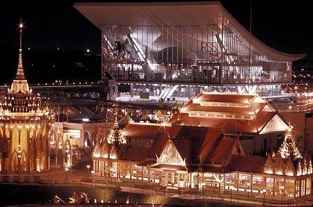 1967年世博成美苏竞技场 可亲眼目睹飞天梦