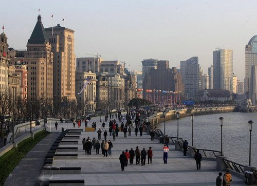 上海外滩全新亮相开放 新建路隧道主线开通