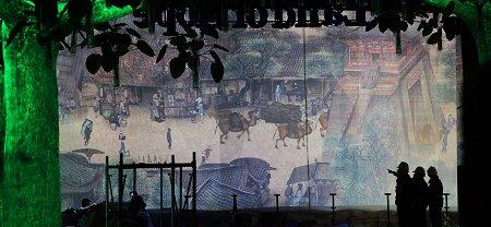 百米《清明上河图》投影画卷亮相世博中国馆