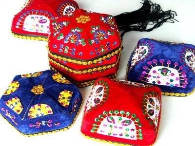 新疆民族服饰图片