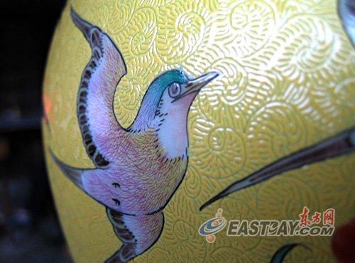 江西景德镇陶瓷艺术品成品细部