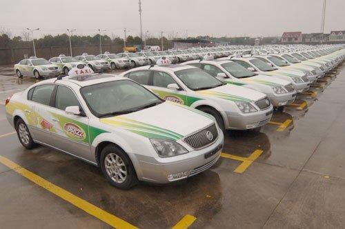 体验世博出租车:10分钟完成叫车接载全流程
