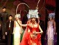 高清:海西国际时装周 展示古今潮流结合服装
