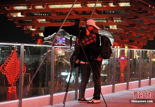 世博今晚将闭幕 游客可通过LED大屏幕观盛况