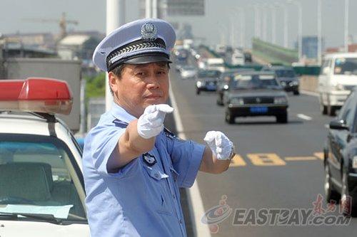 上海高架支队队长:一切为了城市交通之快