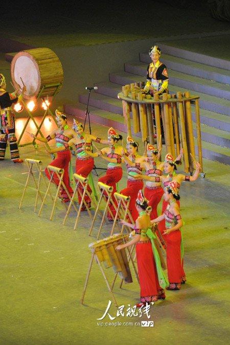 图文:上海世博会闭幕式 竹乐表演《勘咯嗦》