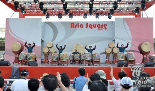 韩国馆民俗周庆中秋 听阿里郎民歌观精彩街舞