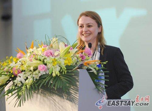 世界青年大会秘书长:年轻人是一种资产财富