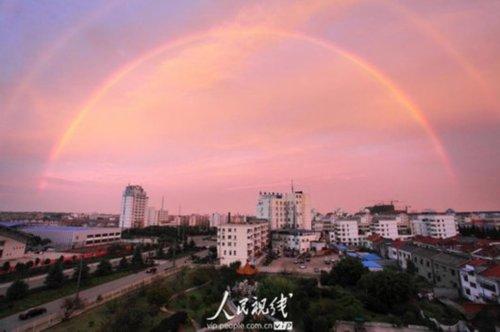 江苏金湖县出现双虹景观(图)