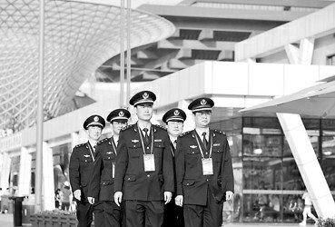6000名上海城管将以崭新装容亮相世博