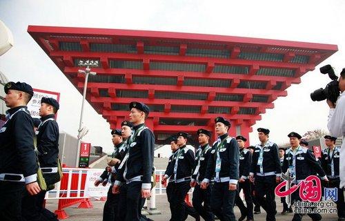 上海世博园正式开园 99%场馆正式运营