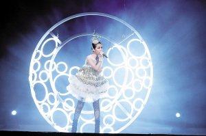 萧亚轩登陆上海世博文化中心 上海个唱开票