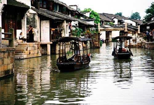 江南水乡乌镇展文化魅力 小桥流水显雅致风情
