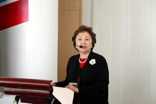 华人公益组织助力美国馆 世博后启动永久网站