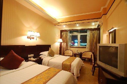 世博升温酒店价格翻倍 上海成六一亲子游首选