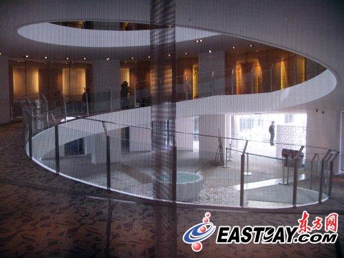 """""""月亮船""""沙特馆呈3D电影 游客体验视觉震撼"""