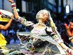 高清:亚洲广场上演印度舞蹈 异域情浓