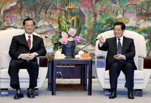 胡锦涛:台湾时隔40年重返世博是两岸重要成果