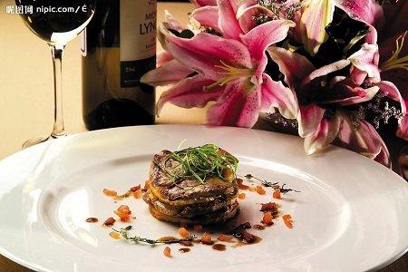 到法国馆观浪漫第六感餐厅 体验纯正法国美食