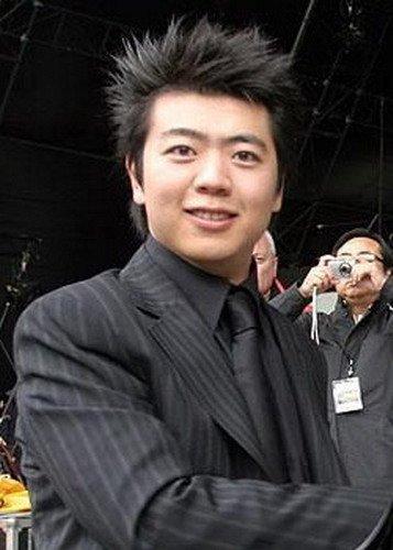 郎朗更新腾讯博文分享世博开幕式表演喜悦