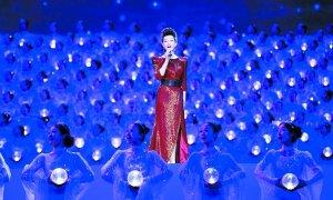 开幕式表演中西交融 揭开魔幻小球变幻之谜
