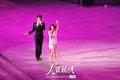 图文:上海世博闭幕式 歌手演唱《相约上海》