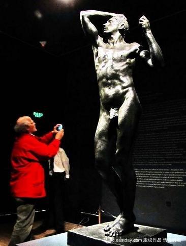 罗丹经典雕塑《青铜时代》百余年来首出国门