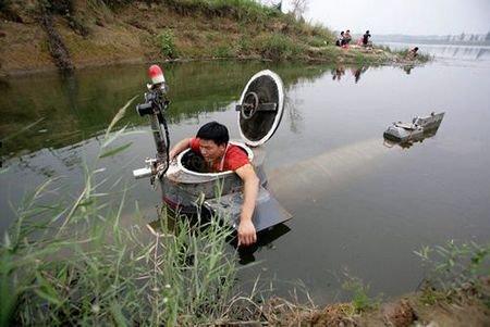 临泉农民陶相礼:携自制潜艇走进世博会