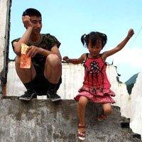 汶川地震孤儿摄影作品