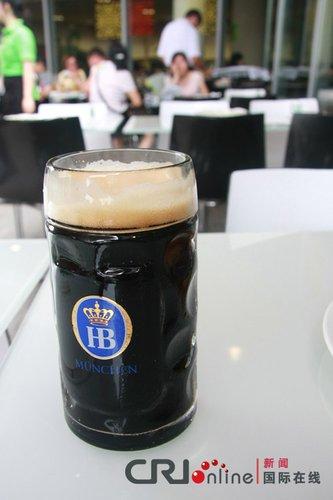 德国餐厅展啤酒文化 黑啤苦中带甜最畅销(图)