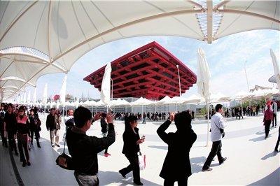 设计师何镜堂:中国馆夏季可天然降温8至10℃