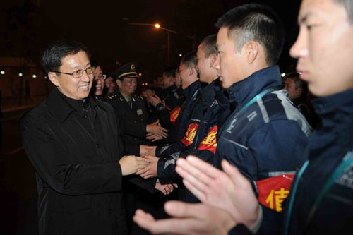 俞正声韩正慰问园区工作者 感谢全国人民支持
