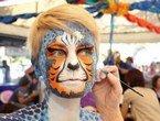 组图:缤纷多彩 澳大利亚人体彩绘艺术节