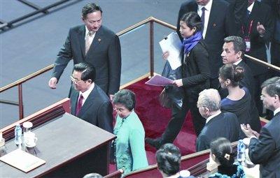 2010上海世博会绚丽启幕 姹紫嫣红黄浦江