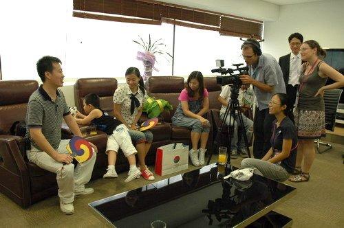 韩国馆迎来第500万名游客 赠首尔往返机票