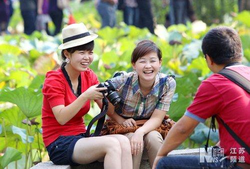 国庆长假尾声 南京游客兴致不减(图)