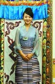 西藏馆美女讲解员曾获西藏旅游形象大使冠军