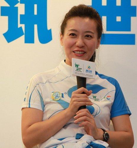 志愿者形象大使谭晶:网上世博会非常生动