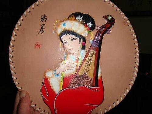 内蒙古皮画:传承游牧文化展现草原风情
