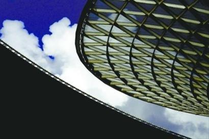 世博轴构筑立体景观 一轴四馆世博后将成整体