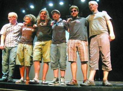 西班牙最火摇滚乐队22日浦西园城市广场演出