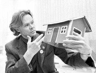 月亮屋之父亮相瑞典馆 谈红色小屋科技概念_世