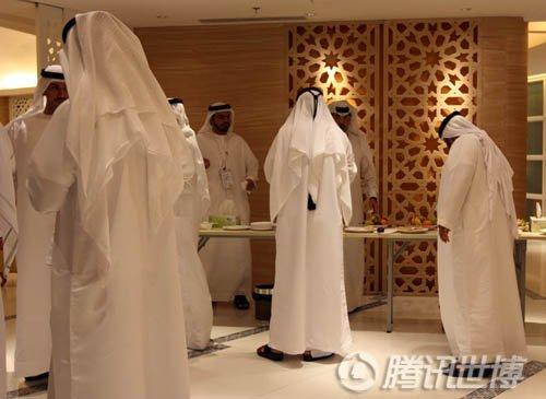 沙特馆举行开斋仪式 邀穆斯林同胞共享晚宴