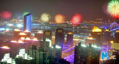 上海世博明晚揭幕 内外互动成开幕式最大亮点