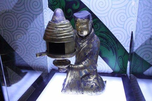 长信宫灯世博园讲述两千年前环保理念(图)