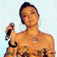 知名歌手叶蓓深情演唱